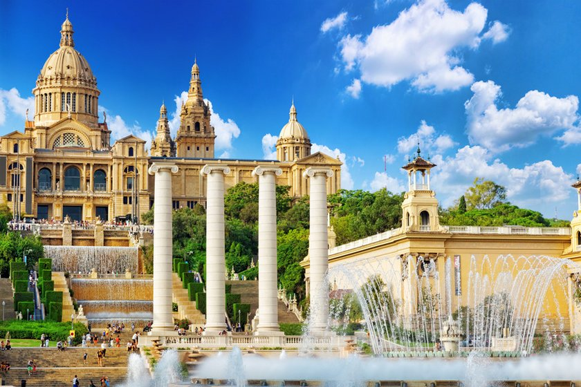 Monjuic in Barcelona: Fountains and stairs leading to the beautiful palace