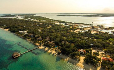 Big Opportunity to Invest in a Hotel with Beachfront and Marina in Belize