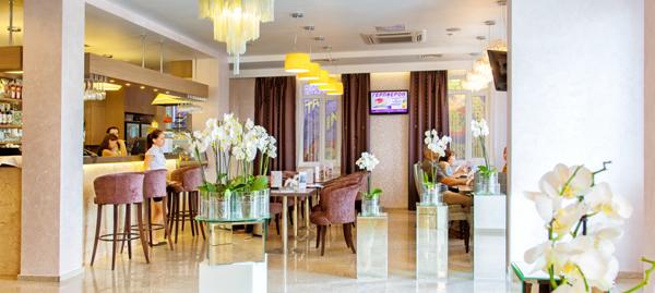 Hotelbar im 3 Stern Stadthotel in Kazan, Russland