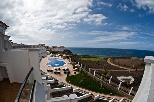 Angebot hotelinvest immobilien gmbh for Moderne hotels kanaren